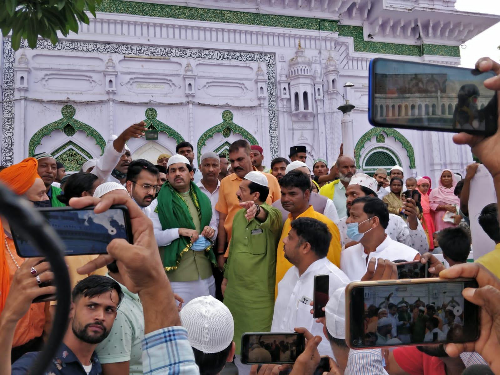 बाराबंकी पँहुचे बिहार के उद्योग मंत्री शहनवाज हुसैन!