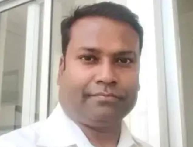 सीतापुर : क्लीनिक में घुसकर डॉक्टर की हत्या।