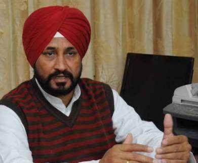 पंजाब के मुख्यमंत्री चरणजीत सिंह चन्नी के लिए चुनौती बने कांग्रेस पार्टी के ही विधायक सुरजीत धीमान।